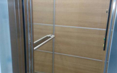 Облицювання стін ліфту HPL панелями